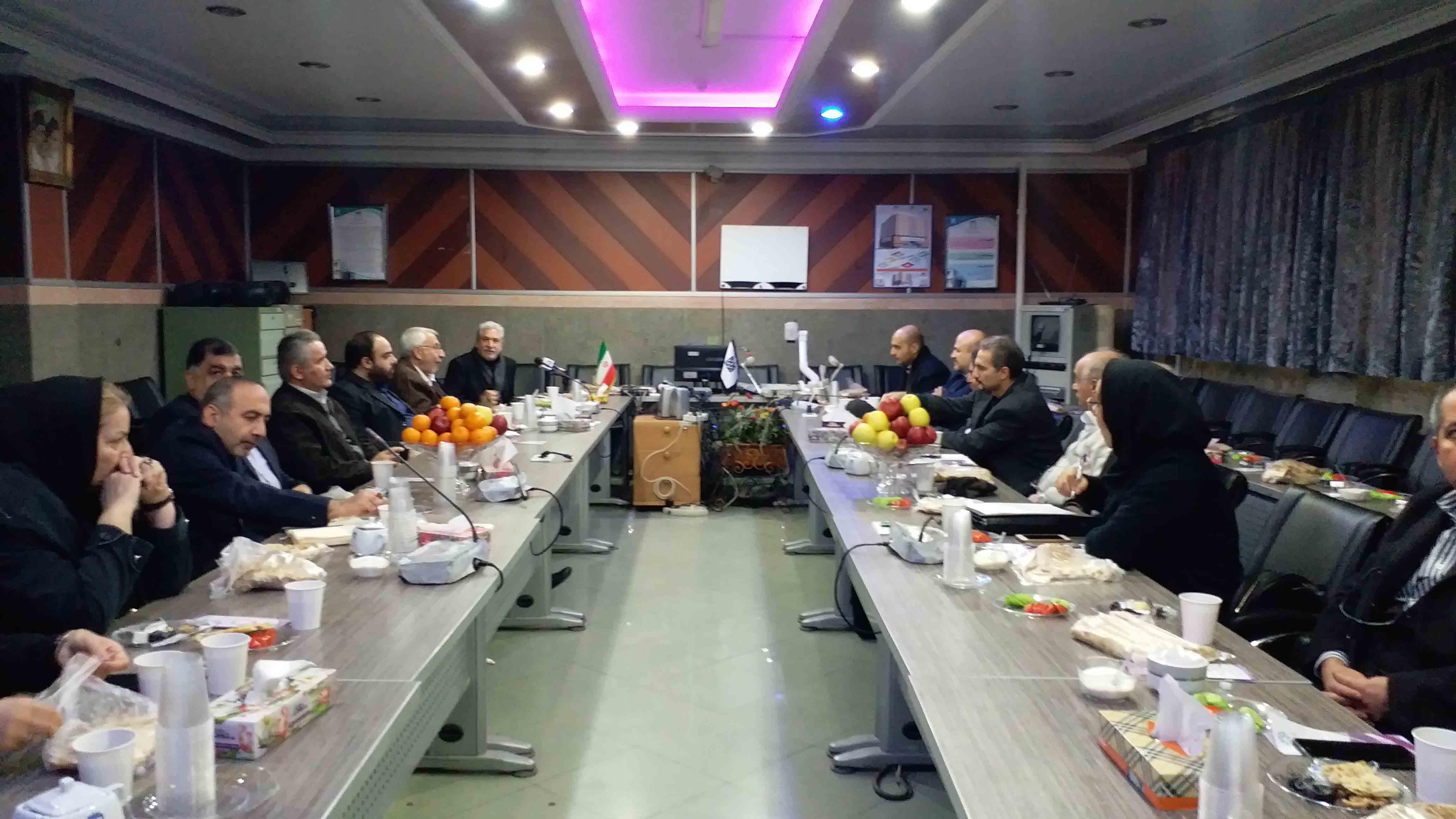 جلسه هیات مدیره و هیات امناء بنیاد با حضور مهندس علیزاده معاونت محترم وزارت راه ۹۶/۱۱/۰۳