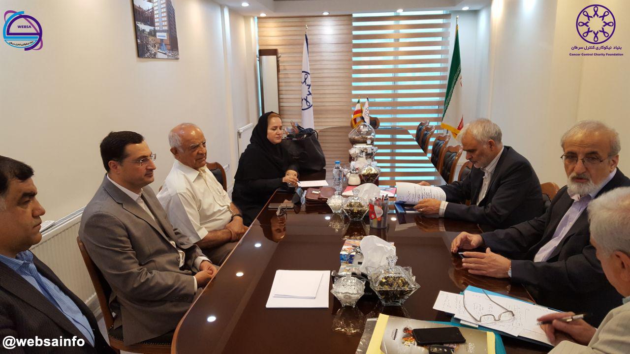 تاسیس مرکز تحقیقات ثبت سرطان در ایران.